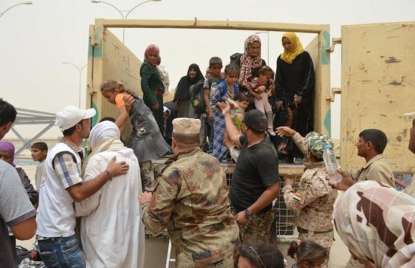 عکس /آزادی 354 زن ایزدی در فلوجه