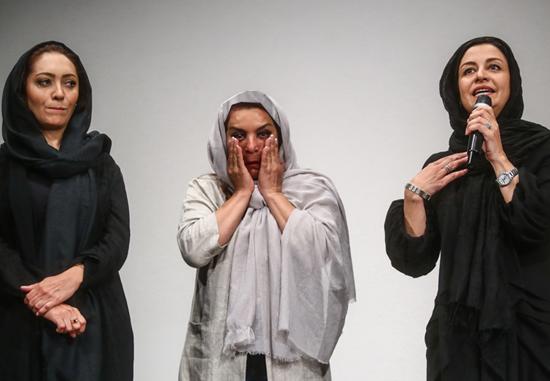 تصاویر/احساساتی شدن بازیگران زن در فیلمنامه خوانی دو زن