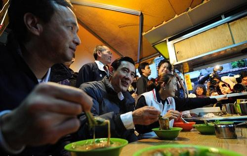 تصاویر/غذا خوردن غیر رسمی سیاستمداران جهان
