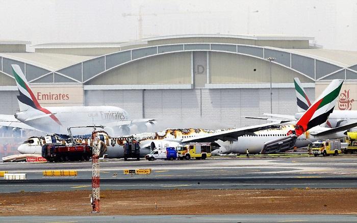 تصاویر/سانحه برای هواپیمای امارات در دبی