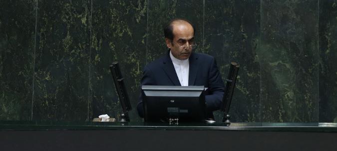 39289 896 دهمین دفاع ژنرال دولت برای کسب رای اعتماد در مجلس